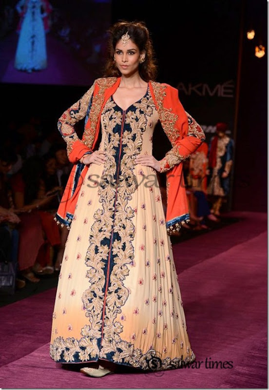 Shyamal_and_Bhumika_Collection_at_Lakme_Fashion_Week_2013 (8)