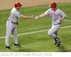 'Cincinnati Reds third baseman Scott Rolen (27)' photo (c) 2011, Keith Allison - license: http://creativecommons.org/licenses/by-sa/2.0/