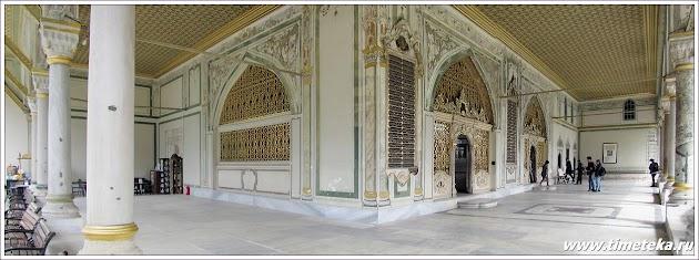 Во дворце Топкапы. Стамбул. Турция. www.timeteka.ru