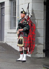 1306163 Jun 08 Listening To Bagpipes