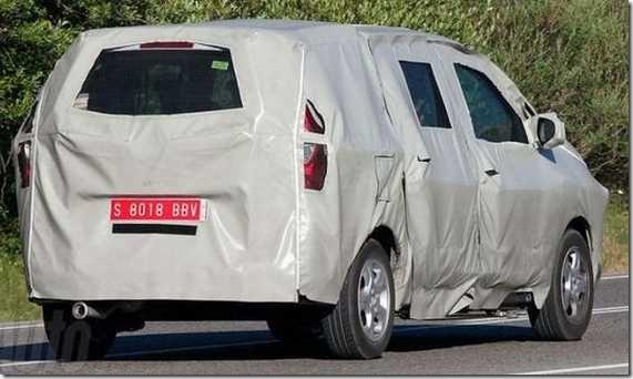 Dacia MPV Popster 07