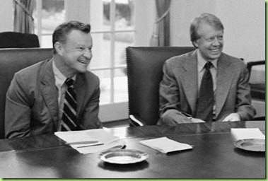 800px-Zbigniew_Brzezinski,_Jimmy_Carter_and_Cyrus_Vance_-_NARA_-_175908