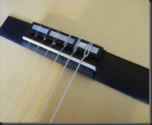 guitarra clasica puente cuerdas