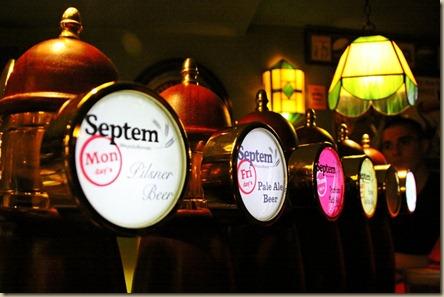 2_years_beeramatismoi_@_Local_Pub_Tapline_Septem