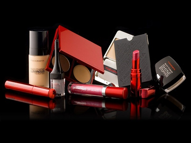 001-fashionista-makeup-range