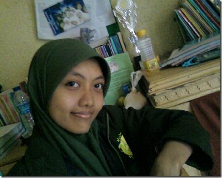 Siti Nurjalilah 149816_1243294058906_1726018258_452900_6118866_n