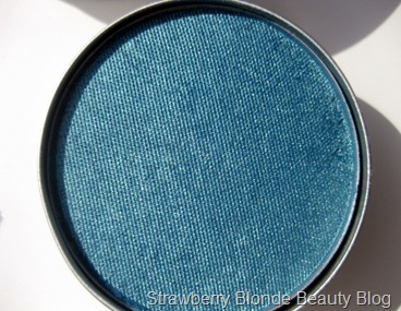 Cargo Aegean blue eye shadow