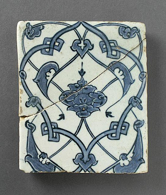 Tile | Origin: Turkey | Period:  1512-1513 | Collection: The Madina Collection of Islamic Art, gift of Camilla Chandler Frost (M.2002.1.199) | Type: Ceramic; Architectural element, Fritware, underglaze-painted, 5 3/8 x 4 5/8 in. (13.65 x 11.74 cm)