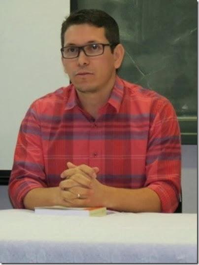 professor_candido_ufmt_300x400_6
