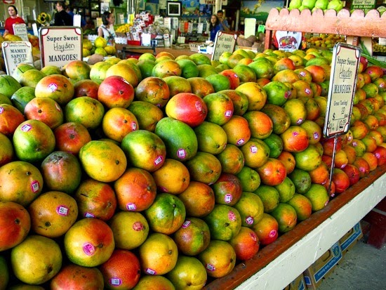 Robert is Here Fruit Stand Mangoes