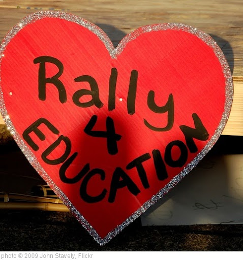 'Rally for Education' photo (c) 2009, John Stavely - license: http://creativecommons.org/licenses/by-sa/2.0/