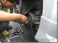 Tukar bearing tayar dengan ABS-myvi-4