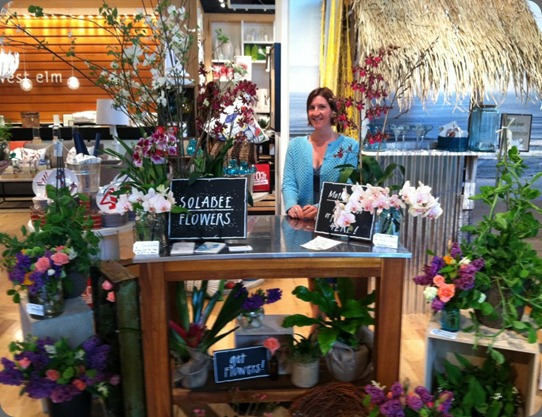 pop up shop 563182_369846649734571_609993535_n solabee flowers & botanicals
