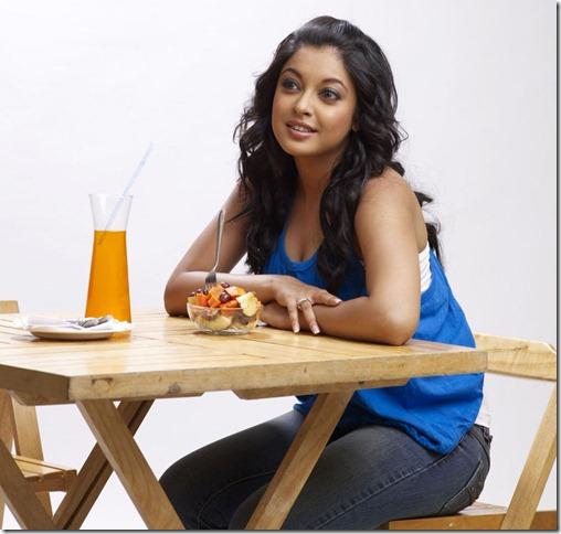 tanushree-dutta-new hot image