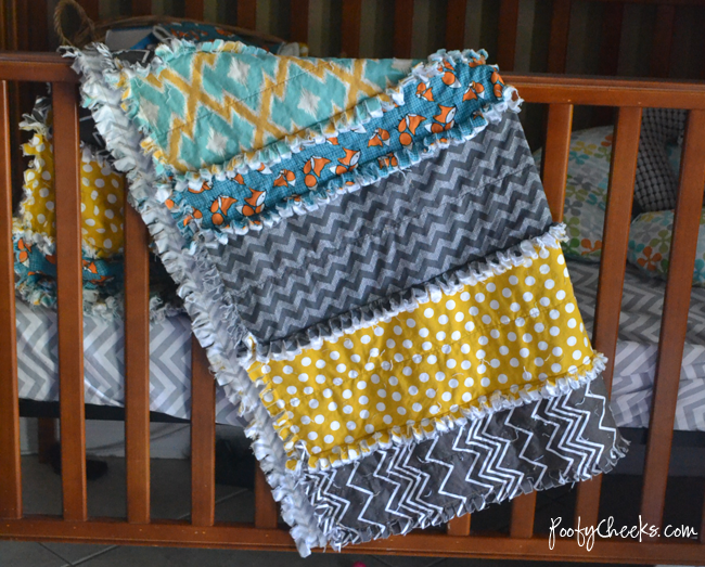 Easiest Fabric Strip Rag Quilt Tutorial