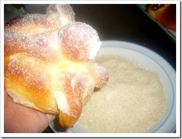 Day of the Dead Bread Pan de Muerto