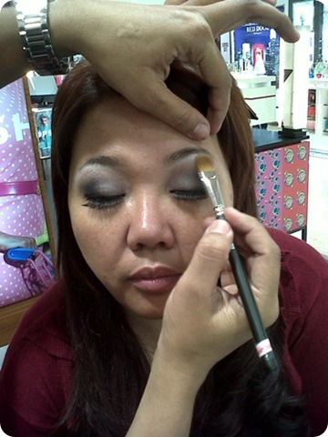 highlighting eyebrow boneresized