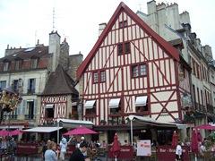 2011.09.03-009 place François-Rude