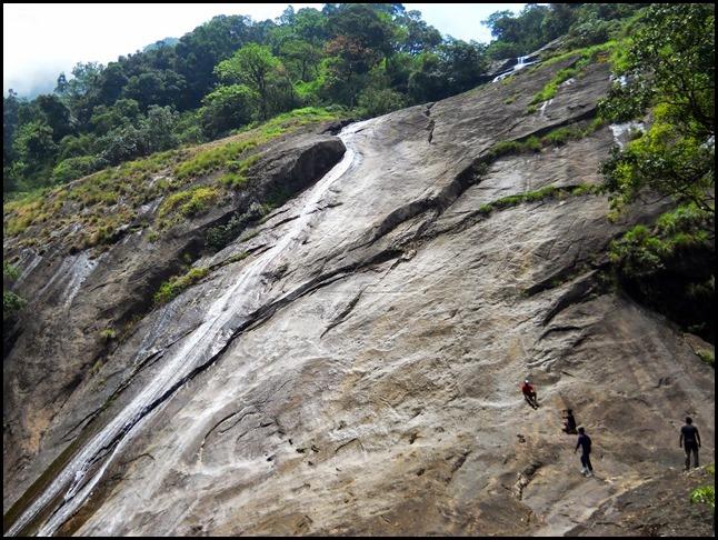 olichuchattam waterfalls