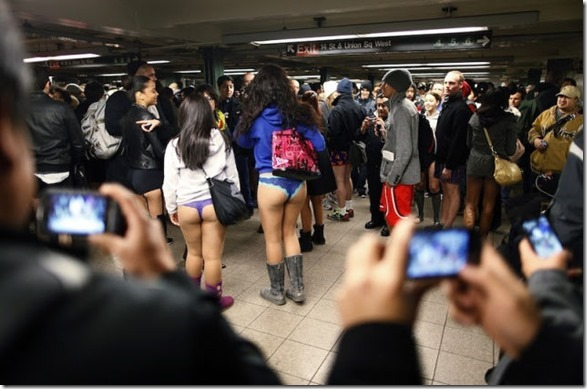 no-pants-subway-30