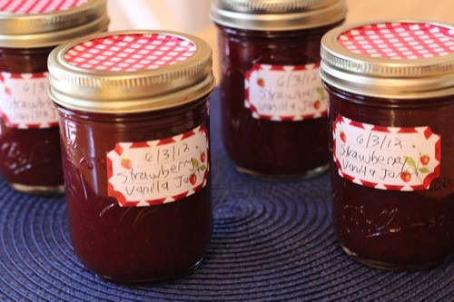strawberry-vanilla-jam01