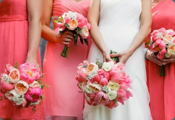 bridesmaids mjwed_305-550x366  modern day floral