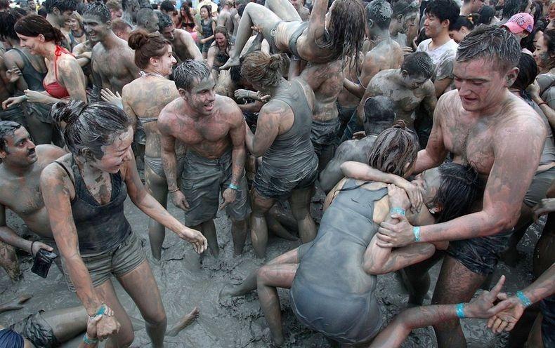 Boryeong-Mud-2012-13