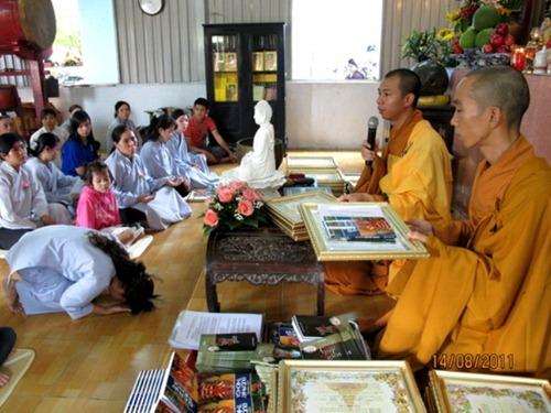 Phật tử cần nghiêm túc thọ tam quy trì ngũ giới