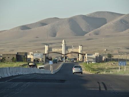 25. Intrarea in Samarkand.JPG