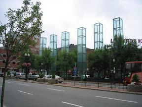 066 - Monumentos en memoria al holocausto.jpg