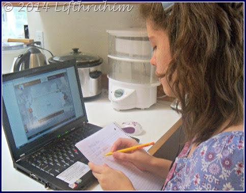 Turtlegirl studies Russian with Mango Homeschool