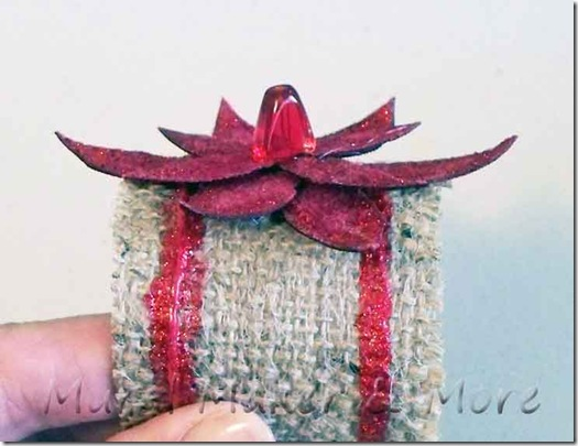 poinsettia-napkin-ring-5