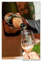 champagne_rose