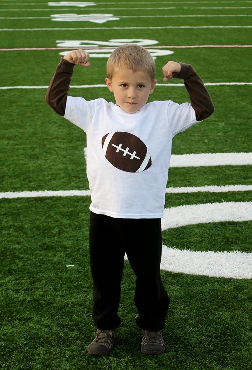 DIY Football T-shirt at GingerSnapCrafts.com #football #craft #tutorial