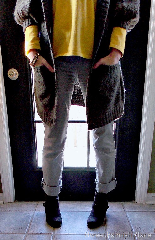 chunky sweater, grey skinny jeans, yellow shirt and booties4