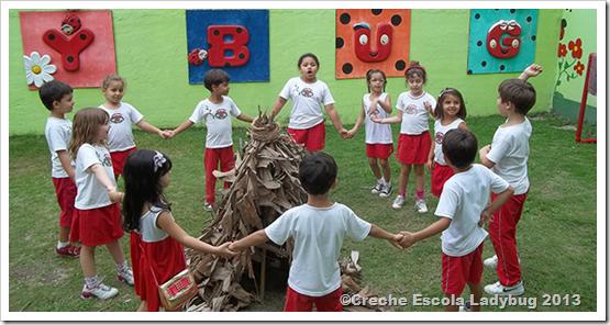 interatividade-dia-do-indio-oca-creche-escola-ladybug-recreio-dos-bandeirantes-rj-2