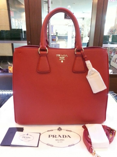 bellaladystore: Ready stock prada