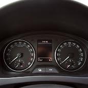 2013-Skoda-Rapid-Sedan-Details-2.jpg