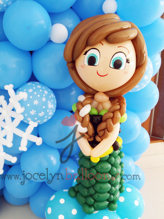 how to become a professional balloon decorator
