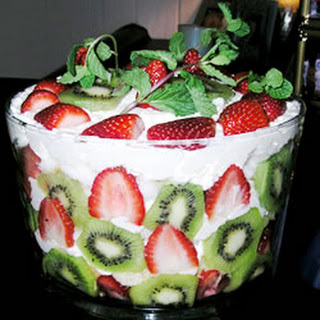 strawberry trifle with sour cream recipes 6 browse strawberry trifle ...