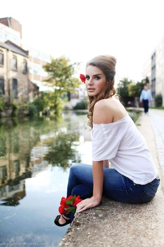 lana-del-rey-linda-sensual-sexy-sedutora-desbaratinando (7)