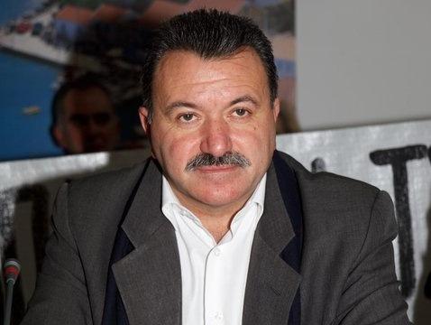 Γαλιατσάτος: Ο Σπύρου δεν κατέχει τη θέση για να δίνει συμβουλές στον Τσίπρα