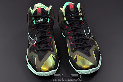 lebron11 king of the jungle 12 web dark LEBRON 11 Breakdown: Yes, its True to Size & Yes, its the Lightest LBJ Sig!