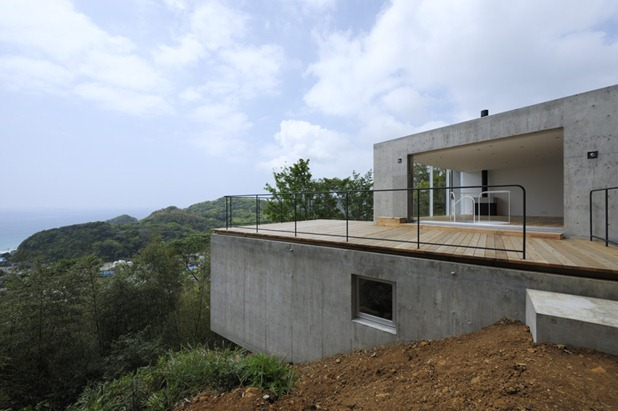 a house in kisami  by florian busch architects 4