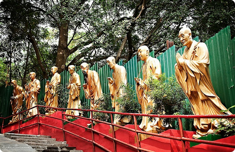 Buddhas-along-the-way-(1)