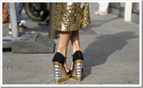 sapatos-dourados-street-style2-500x300