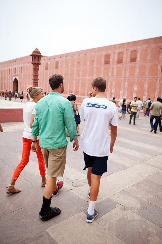 2012-07-27 India 57582