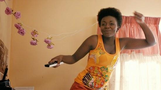Zethu Dlomo as Dinky Magubane in Fanie Fourie's Lobola