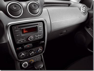 04_Renault_Duster_Dynamique_4X4___Imagem_47_Interior