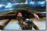 Deckard, pasándolas canutas en la cornisa de un edificio
